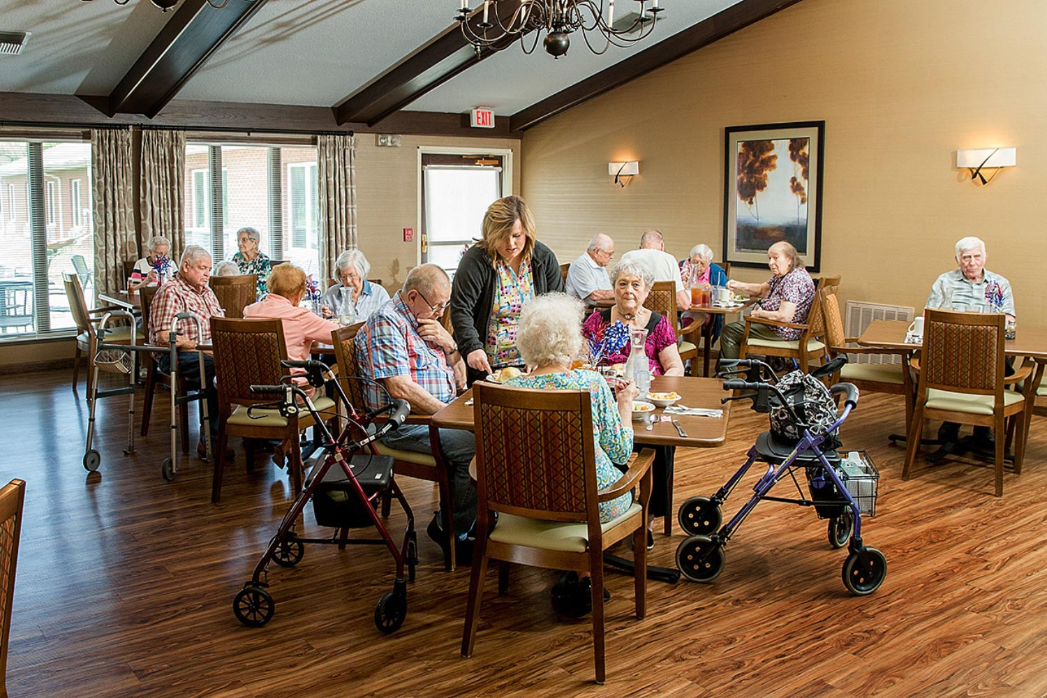 resident activities and dining